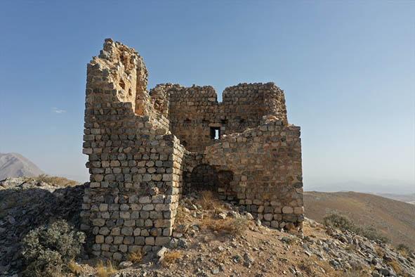 ELBİSTAN'DAKİ KIZ KALESİ TURİZME KAZANDIRILACAK
