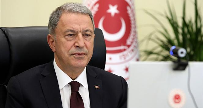 Milli Savunma Bakanı Akar video telekonferans toplantısı düzenledi